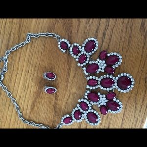 Berry necklace and earrings set
